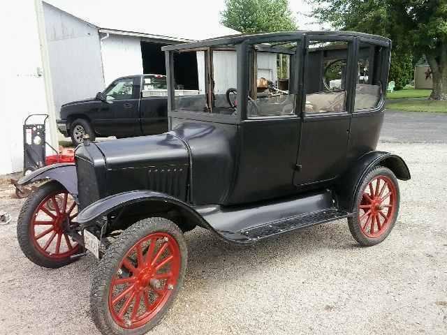 1919 ford model t center door sedan for sale. Black Bedroom Furniture Sets. Home Design Ideas
