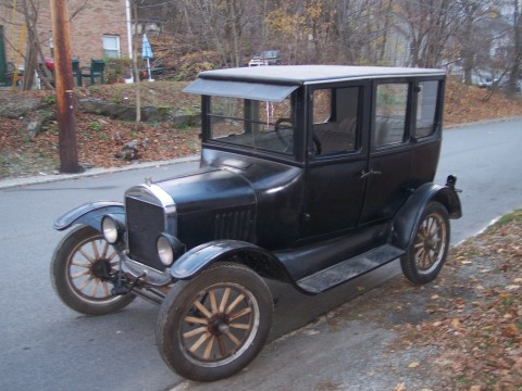 1925 Ford Model T Sedan for sale