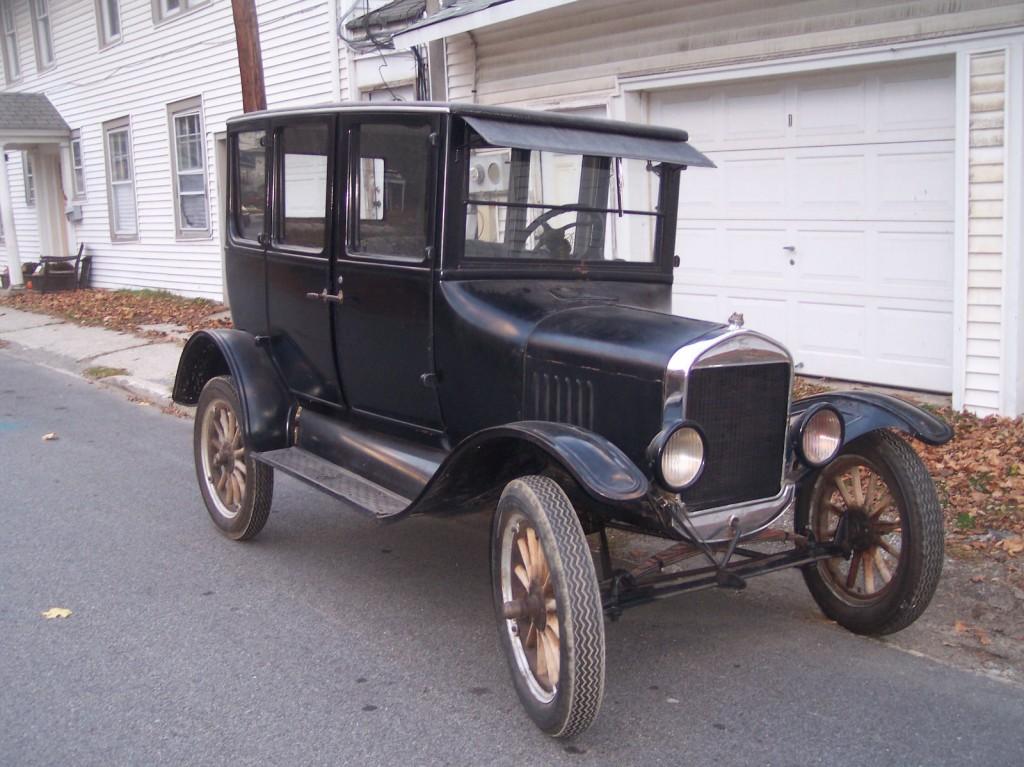 26 model t sedan