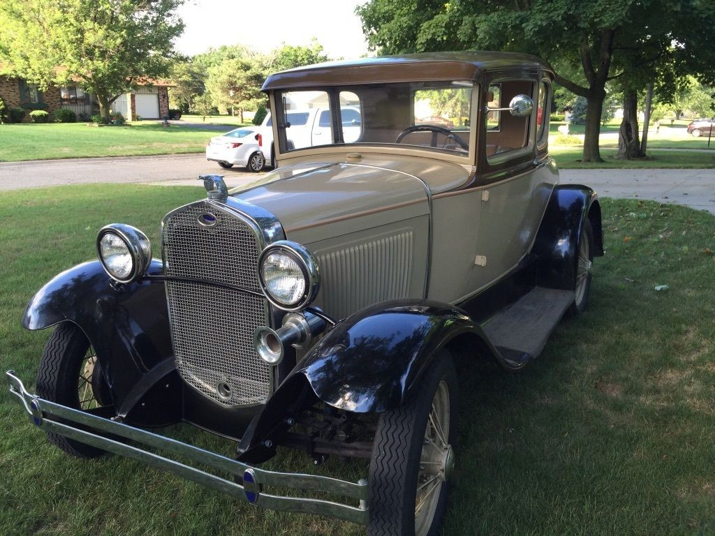 1930 Ford Model A Coupe with Rumble Seat