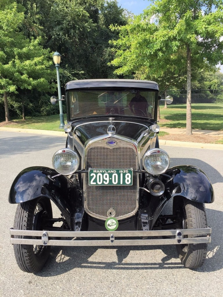 1930 Ford Model A Tudor Deluxe