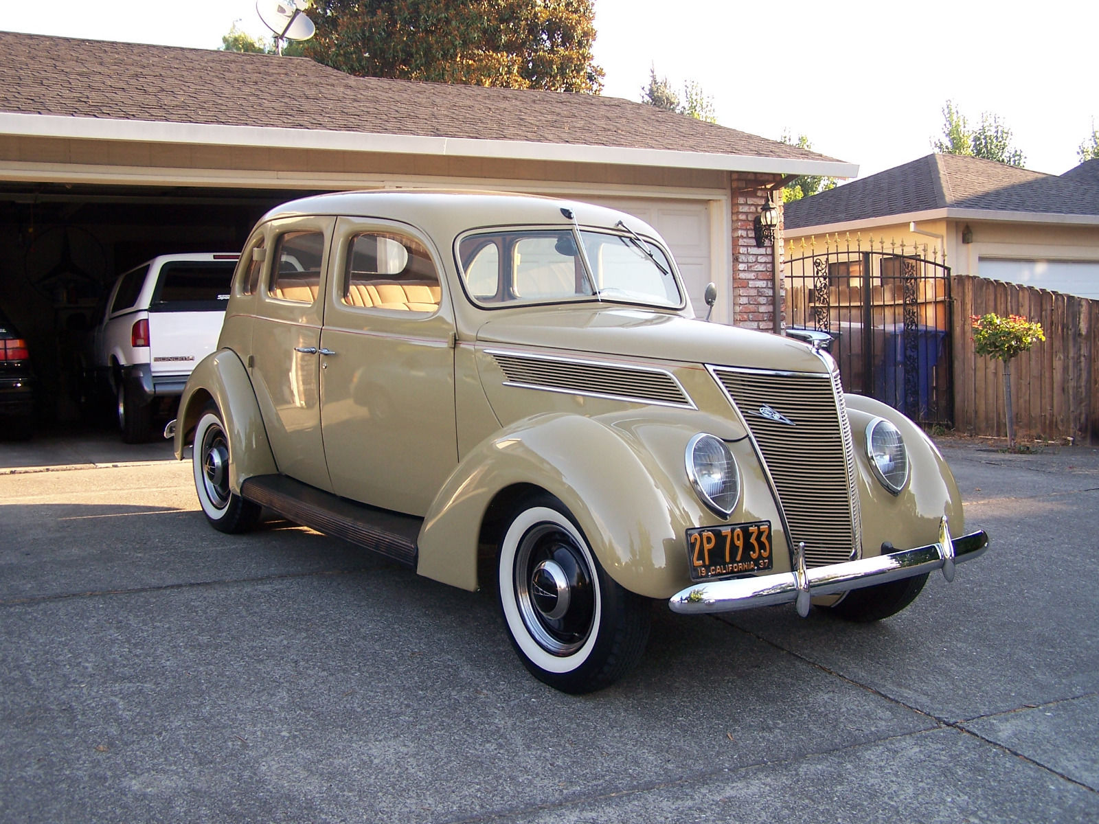 1937 ford 4 door sedan slant back for sale