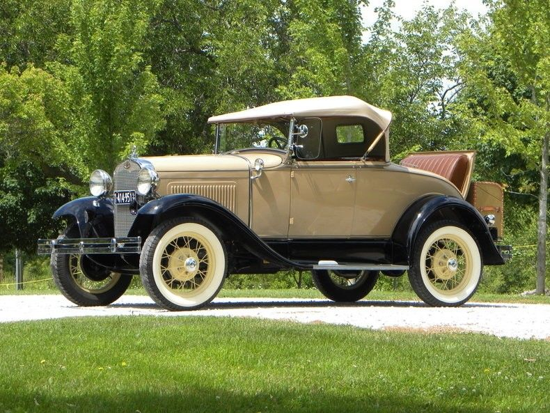 1930 Ford Model A Deluxe Roadster