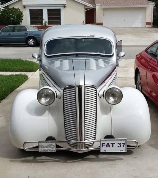 1937 Dodge Touring Sedan