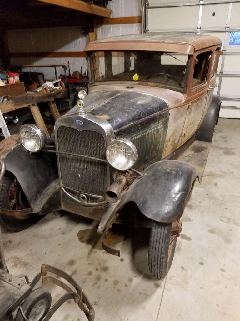 1930 Ford Model A 4door Town Sedan