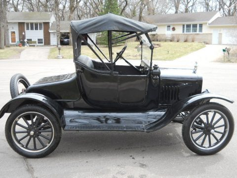 Restored 1922 Ford Model T Roadster for sale
