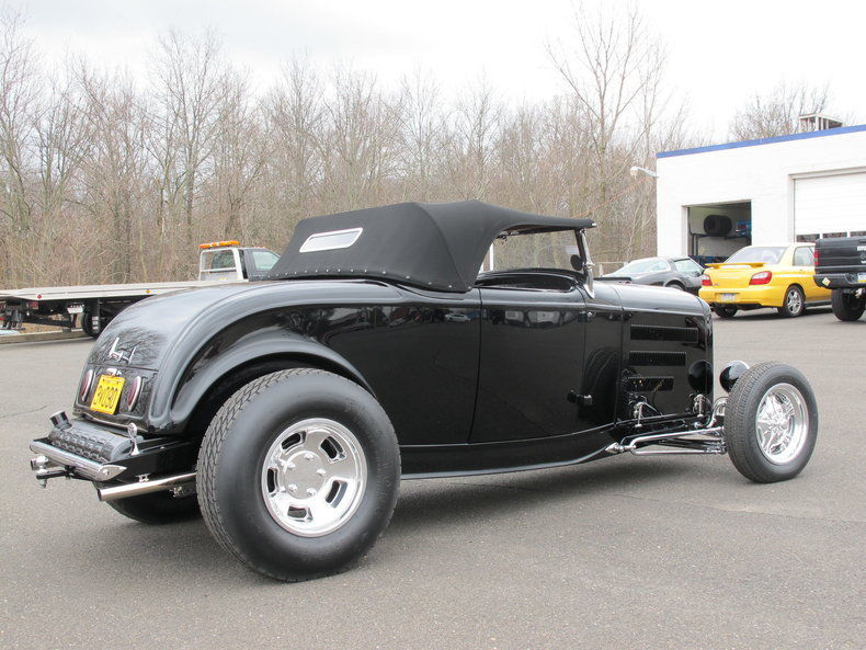GREAT 1932 Ford Roadster