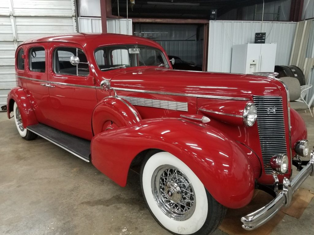 VERY RARE 1937 Buick Roadmaster LIMO