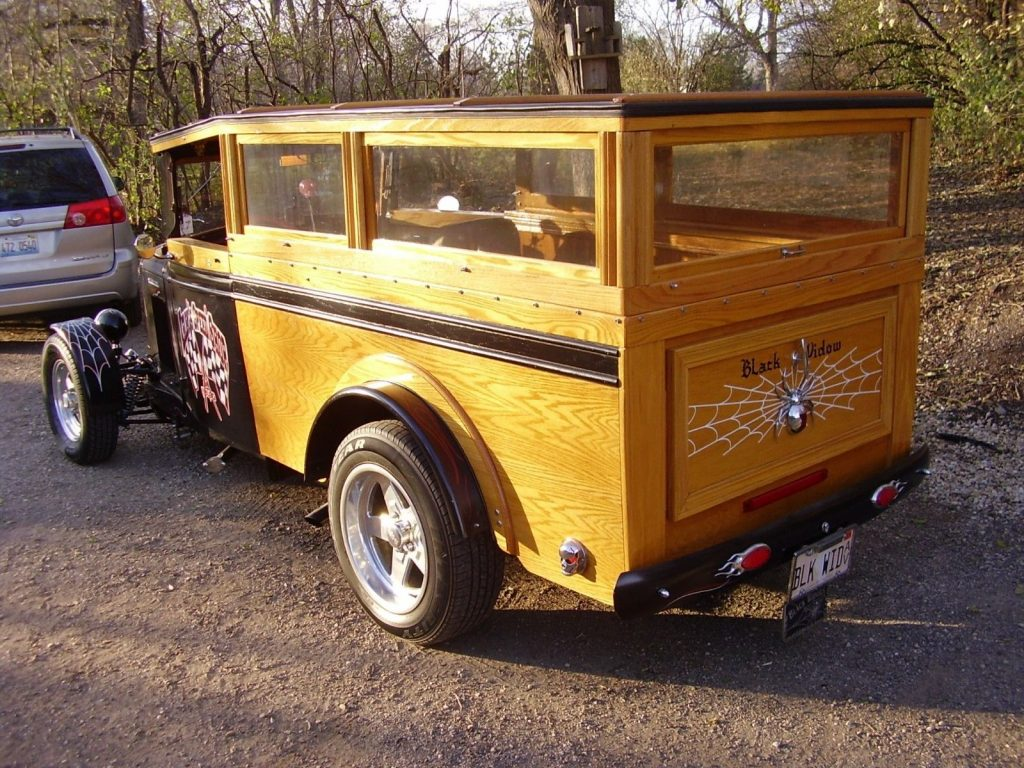 GREAT 1934 International Truck/woody Custom