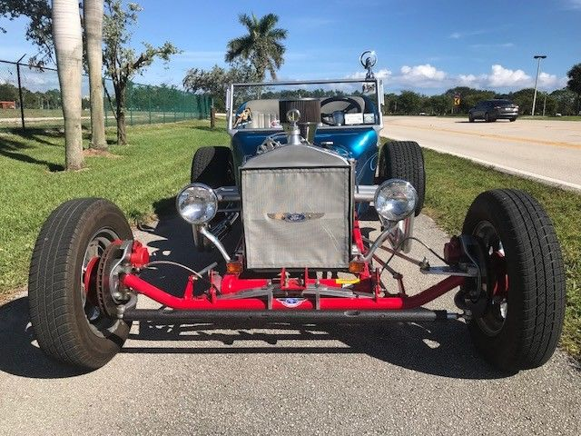 BEAUTIFUL 1924 Ford Model T T BUCKET