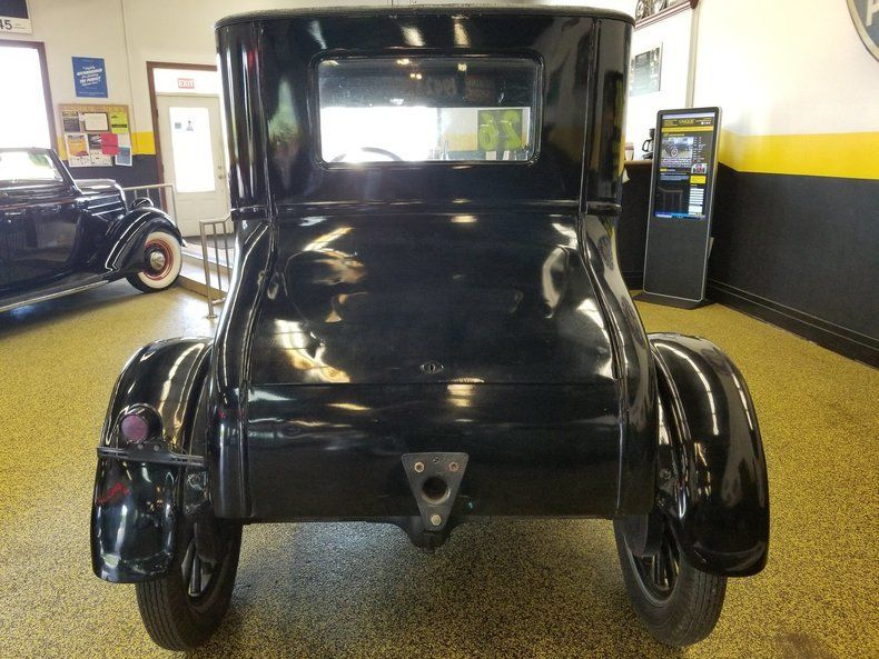 1926 Ford Model T Coupe – runs well!