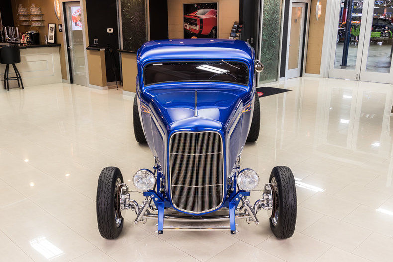 BEAUTIFUL 1932 Ford 3 Window Coupe Street Rod