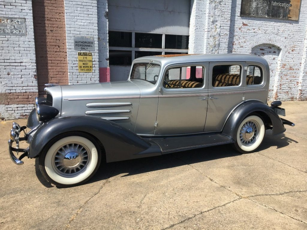 EXTREMELY RARE 1933 Oldsmobile F33