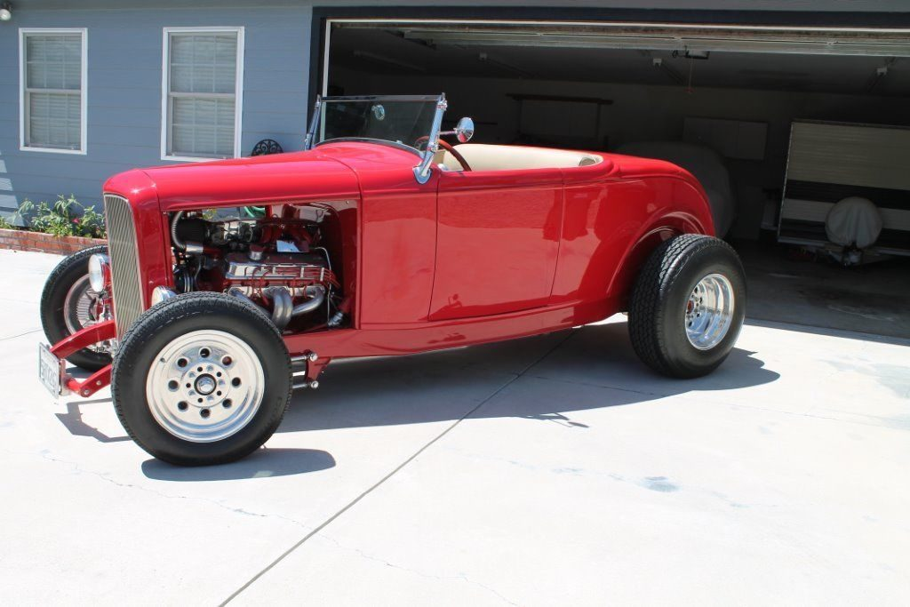 NICE 1932 Ford Roadster
